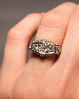 pierścionek art deco